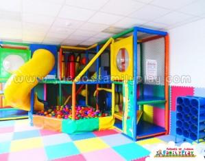 Playground laberinto juegos para Polleria  Pueblo Libre
