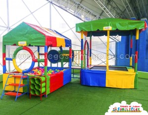 Playground laberinto juegos para Polleria Cama Saltarina con Piscinas