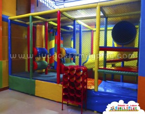Playground laberinto juegos para Polleria Modelo Iquitos