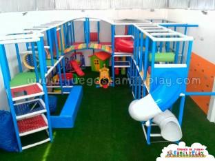 laberintos para pollerias ,family play